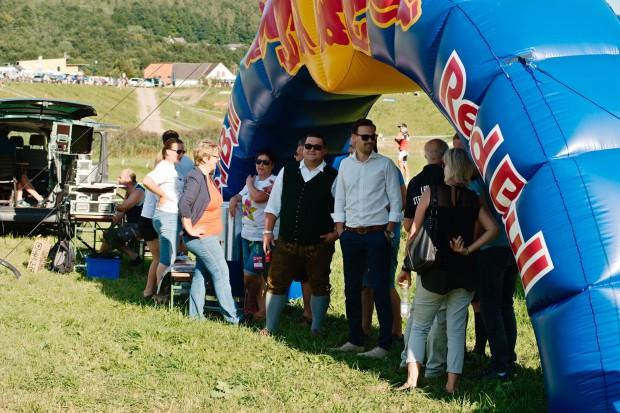 Red Bull verleiht Schatten!
